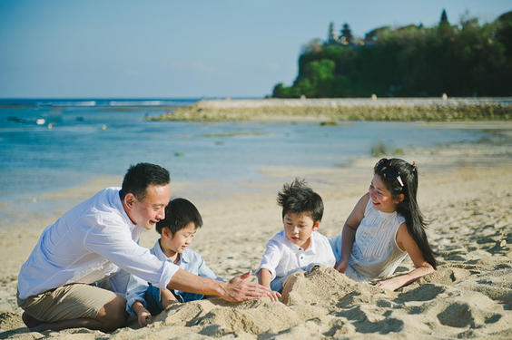 essay on a disastrous family outing Short essay on a disastrous family outing  click here dissertation learning objectives a collection of over 60 ielts essay questions organised into.