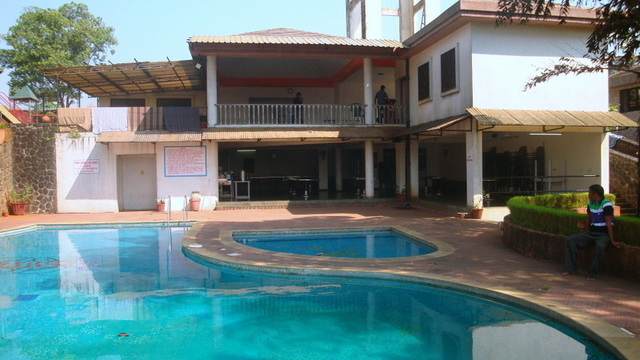 Holidays purpose bunglow with swimming pool in lonavala - Hotel with private swimming pool in lonavala ...
