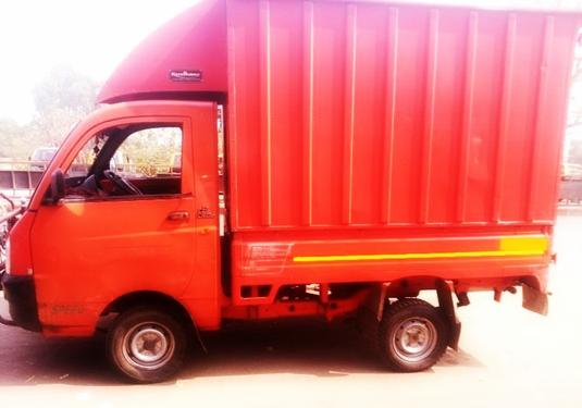 New Mahindra Maximo Available For Daily Routine Trips Vehicles
