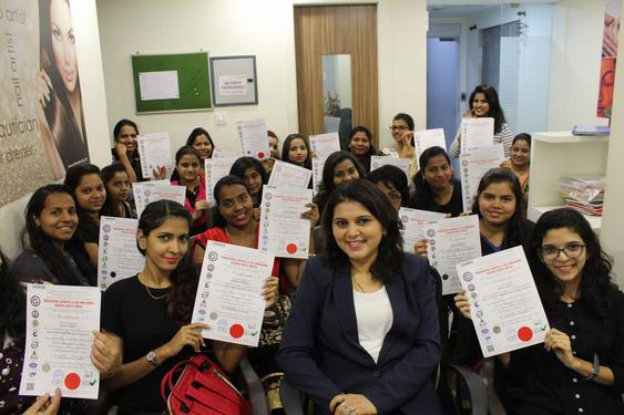 Beauty Parlour Classes Govt Certified - Beauty Culture And Hair