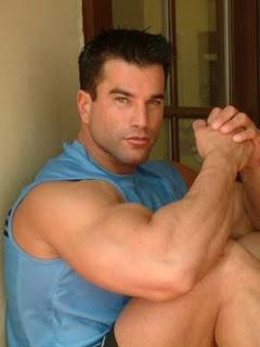 Kissing tgp Fucking man muscle