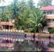 Water frontage Ac delux Falily room in Kochi, Kerala for sale  Ernakulam